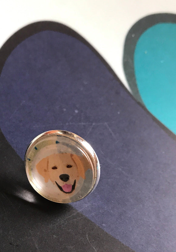 Yellow Labrador glass cabochon lapel pin- 16mm