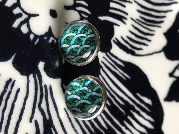 Turquoise waves cabochon earrings- 12mm