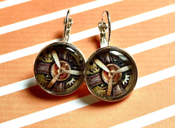 Steampunk propeller cabochon earrings- 16mm