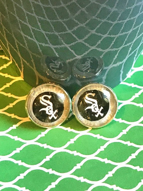 Chicago White Sox glass cabochon earrings - 16mm