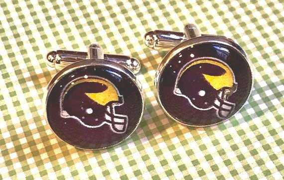 Michigan Wolverines glass cabochon cufflinks - 16mm