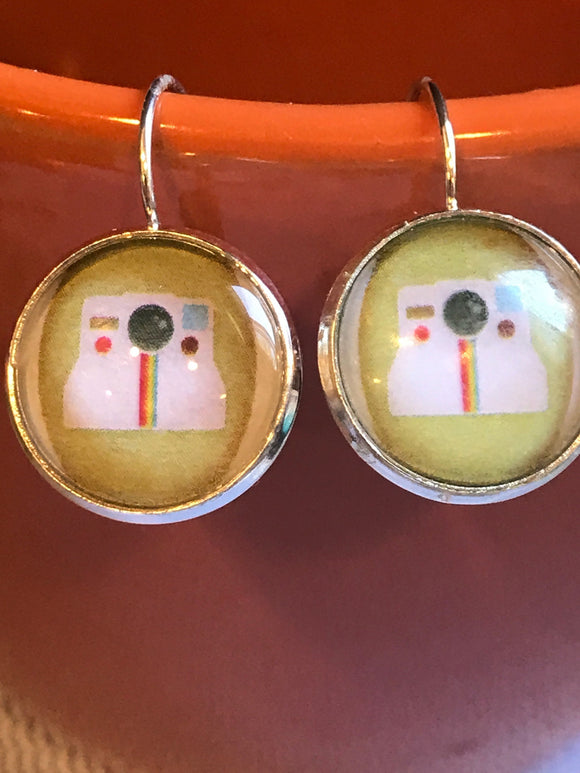Vintage Polaroid Camera cabochon earrings - 16mm