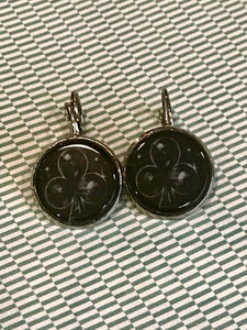 Clubs cabochon earrings - 16mm