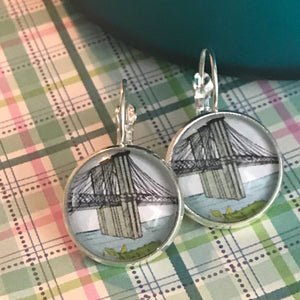 Brooklyn Bridge glass cabochon earrings - 16mm