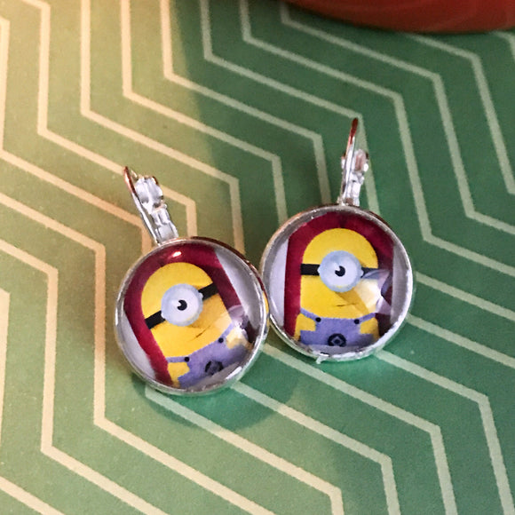 Minion glass cabochon earrings - 16mm