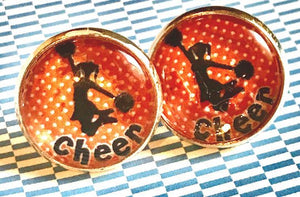 Cheer glass cabochon earrings - 16mm