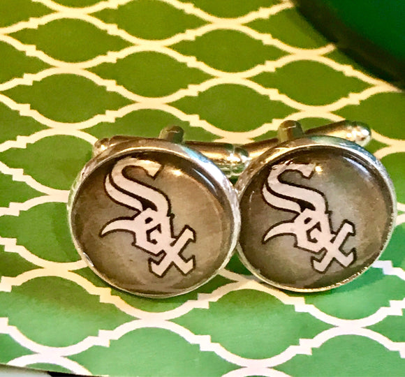 Chicago White Sox cabachon cuff links - 16mm