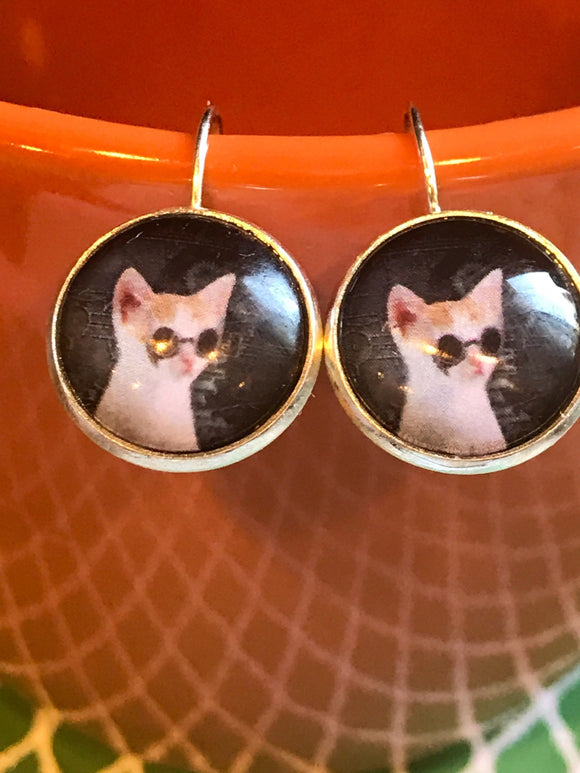 Steampunk Cats with sunglasses cabochon earrings - 16mm