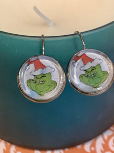 Grinch cabochon earrings - 16mm