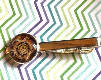 Steampunk gear cabochon tie clip - 16mm