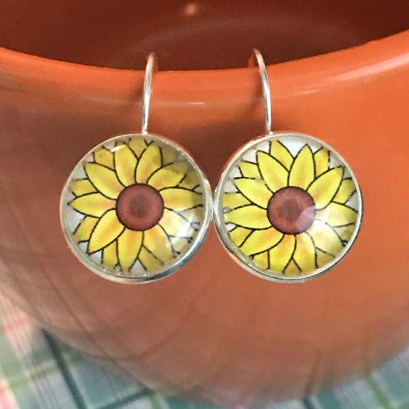 Sunflower glass cabochon earrings - 16mm