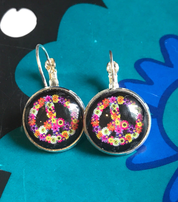 Floral peace sign cabochon earrings- 16mm