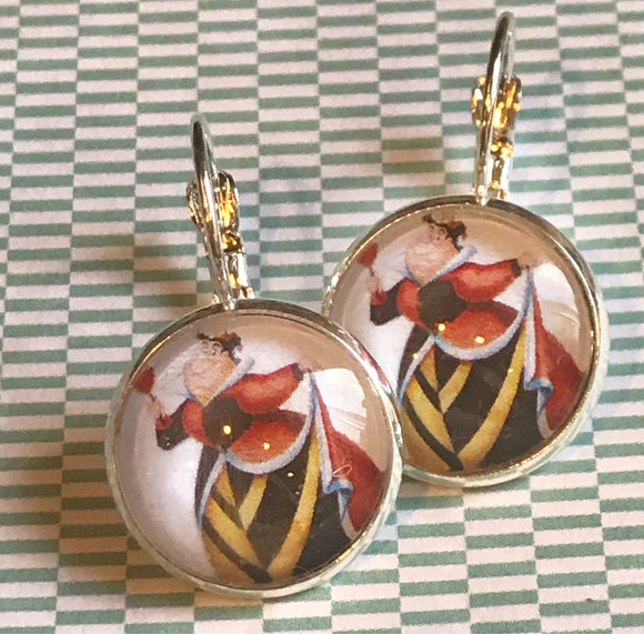 Queen of Hearts glass cabochon earrings - 16mm