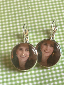 Duchess Kate Middleton glass cabochon earrings - 16mm