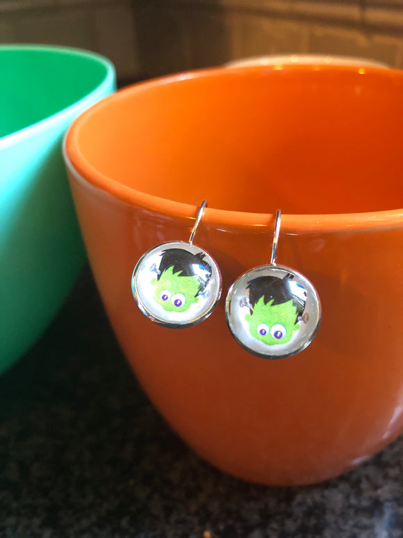 Frankenstein glass cabochon earrings - 14mm