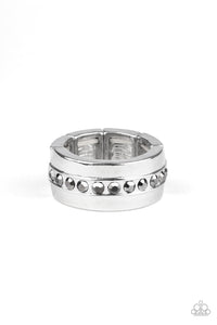 Paparazzi Men's Ring-Reigning Champ-Silver