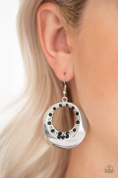 Paparazzi Earring-Ringed in Refinement-Black