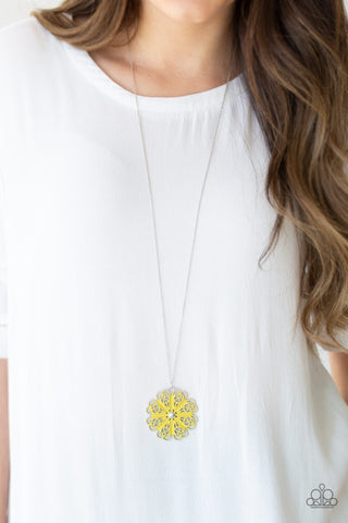Paparazzi Necklace-Spin Your Wheels-Yellow