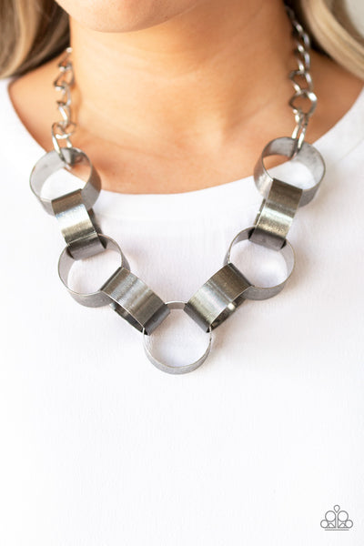 Paparazzi Necklace-Big Hit-Silver