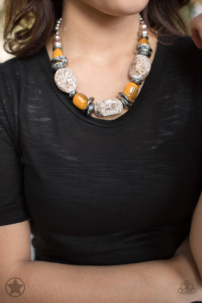 Paparazzi Blockbuster Necklace-In Good Glazes-Peach