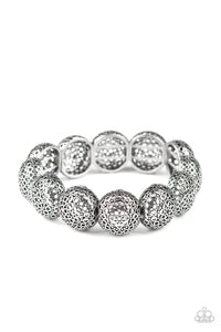 Paparazzi Bracelet-Obviously Ornate-Silver