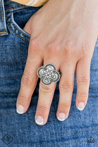 Paparazzi Ring-Your Royal Rogueness-Silver