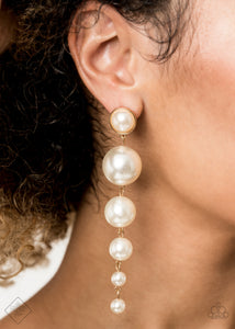Paparazzi Earrings-Leaving a wealthy lifestyle-gold