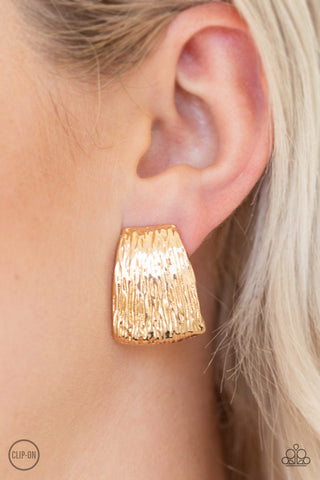 Paparazzi Clip On Earrings-Superstar Shimmer-Gold