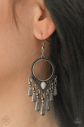 Paparazzi Earrings-Ranger Rhythm-White