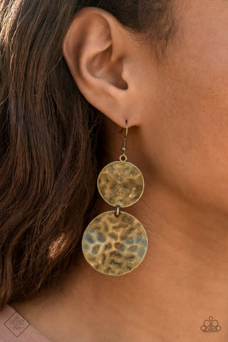 Paparazzi Earrings-Hardware Headed-Brass