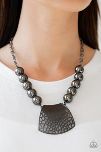 Paparazzi Necklace-Large and In Charge-Gunmetal