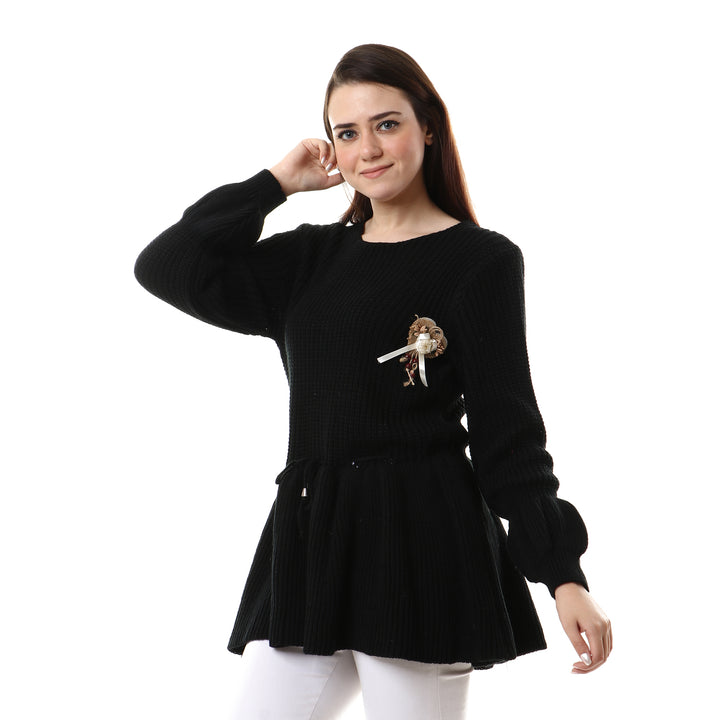 Ruffe Trim Kintted Pullover - Black