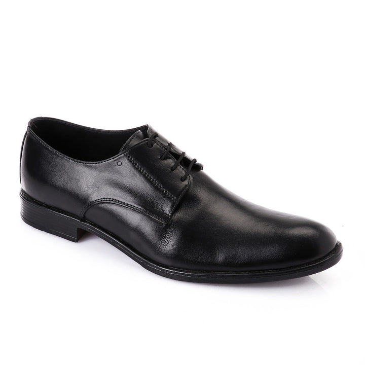 Classic Solid Oval Lace Up Oxford - Black