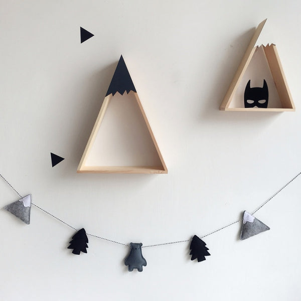 Decorative Felt Mountain Forest Bear Garland