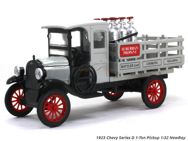 1923 Chevy Series D 1-Ton Pickup 1:32 NewRay diecast Scale Model Car