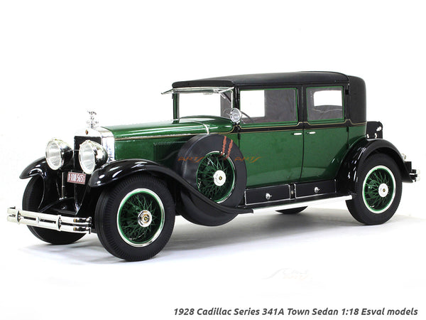 1928 Cadillac Series 341A Town Sedan green 1:18 Esval models scale car