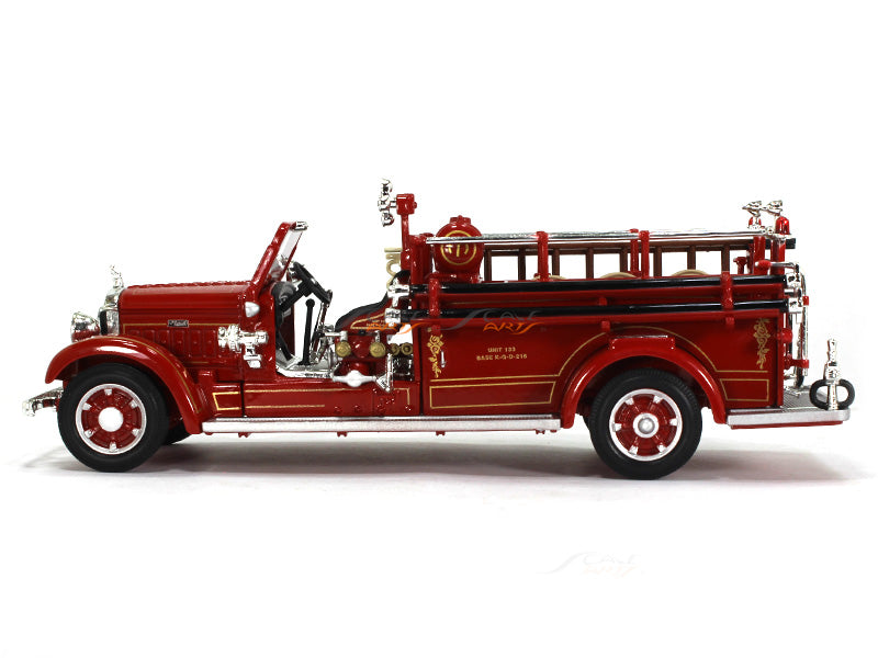 Oxford Car And Truck >> 1935 Mack Type 75BX Fire engine 1:43 Road Signature ...