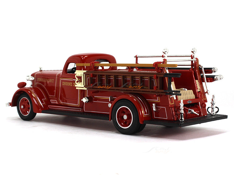 Oxford Car And Truck >> 1939 American Lafrance B550RC Fire engine 1:43 Road Signature Yatming | Scale Arts India