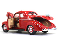 1939 Ford Deluxe Coupe 1:18 Maisto diecast Scale Model car