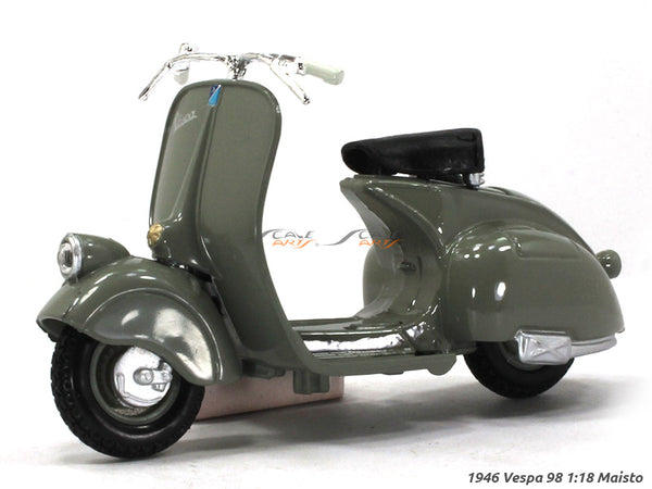 1946 Vespa 98  1:18 Maisto diecast scale model bike