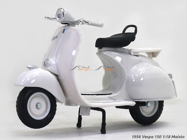 1956 Vespa 150 1:18 Maisto diecast scale model bike