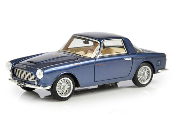 Prebook : 1961 Cisitalia DF85 Coupe by Fissore 1:43 Esval scale model car