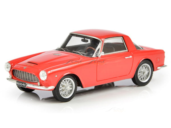 Prebook : 1961 Cisitalia DF85 Coupe by Fissore red 1:43 Esval scale model car