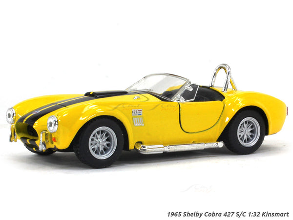 1965 Shelby Cobra 427 S/C yellow 1:32 Kinsmart diecast Scale Model Car