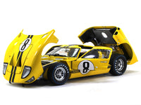 1966 Ford GT40 Mk II #8 1:18 Shelby Collectibles diecast scale model car