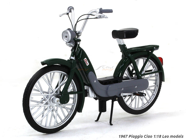 1967 Piaggio Ciao 1:18 Leo Models diecast scale model bike