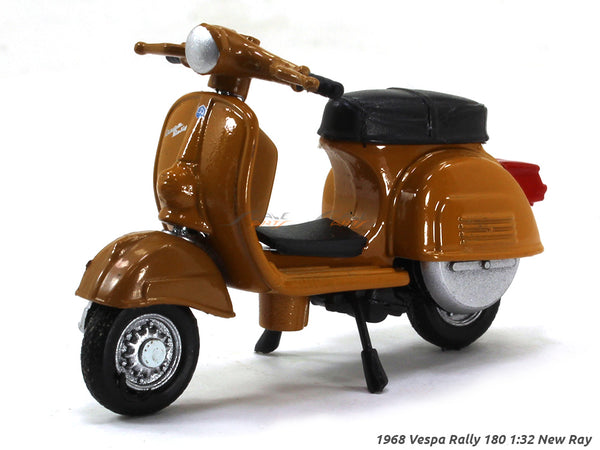 1968 Vespa Rally 180 1:32 New Ray diecast scale scooter bike