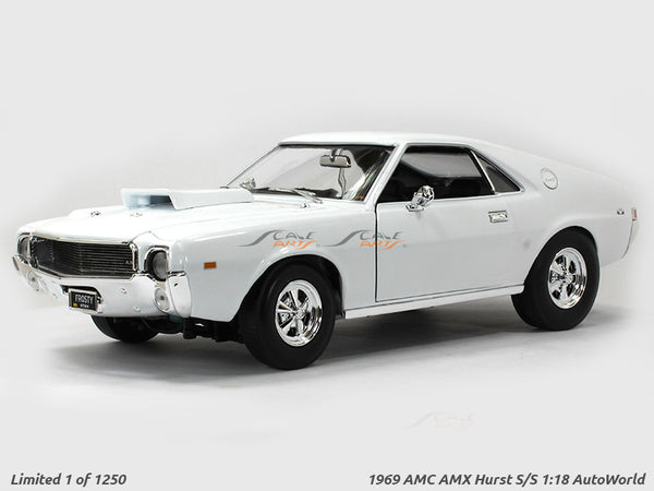 1969 AMC AMX Hurst SS 1:18 Auto World diecast scale model car