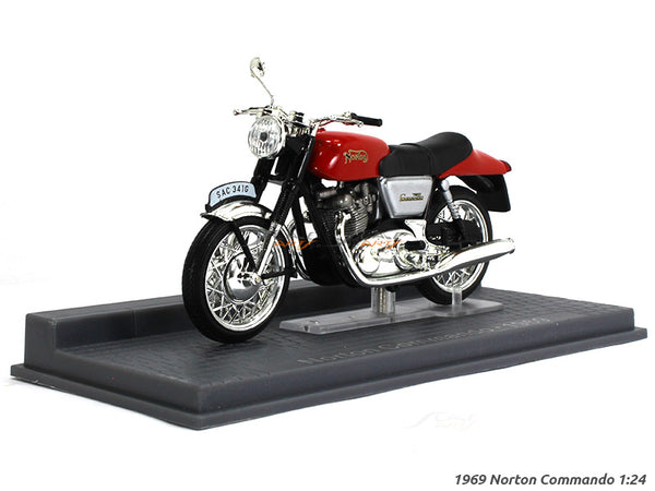 1969 Norton Commando 1:24 Atlas diecast Scale Model Bike