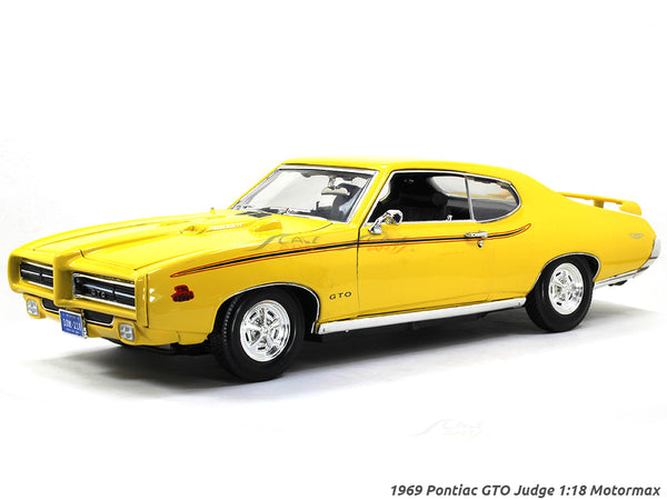 1969 Pontiac GTO Judge 1:18 Motormax diecast scale model car
